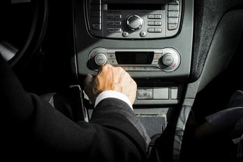 transport-vehicule-chauffeur-professionnel