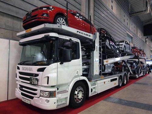transport-vehicule-camion-plateau