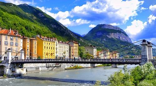 comment organiser son déménagement à Grenoble